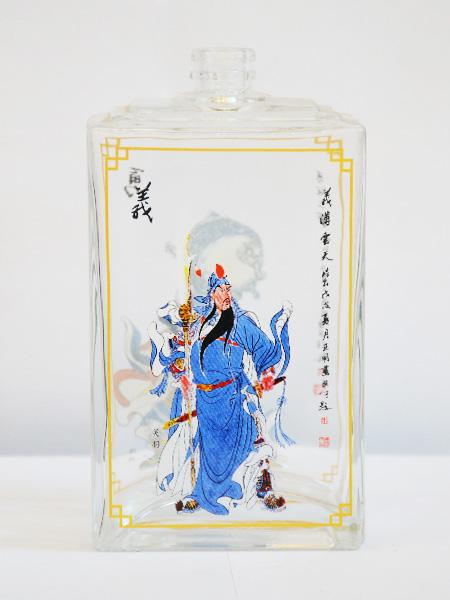 四川晶白玻璃酒瓶厂家